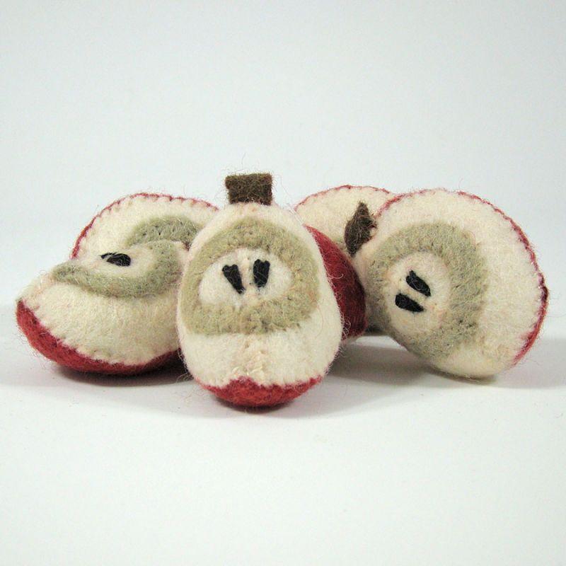 Fruits en laine feutrée - 6 quartiers de pomme - Papoose Toys  - 1