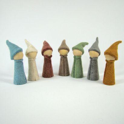 7 gnomes earth en feutre de laine - Papoose Toys  - 3