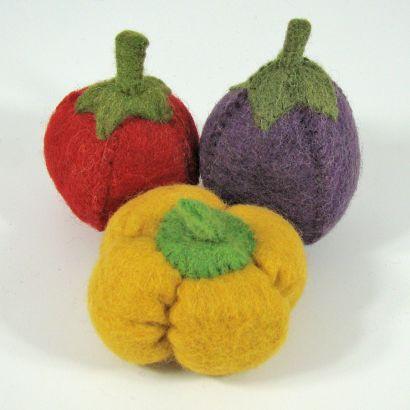 Lot de légumes en laine feutrée - Tomate, poivron et aubergine - Papoose Toys  - 4