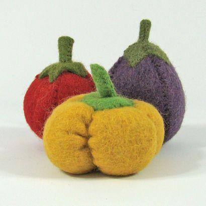 Lot de légumes en laine feutrée - Tomate, poivron et aubergine - Papoose Toys  - 5