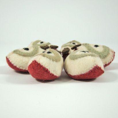 Fruits en laine feutrée - 6 quartiers de pomme - Papoose Toys  - 4