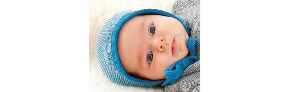 Disana - Béguin en laine tricotée